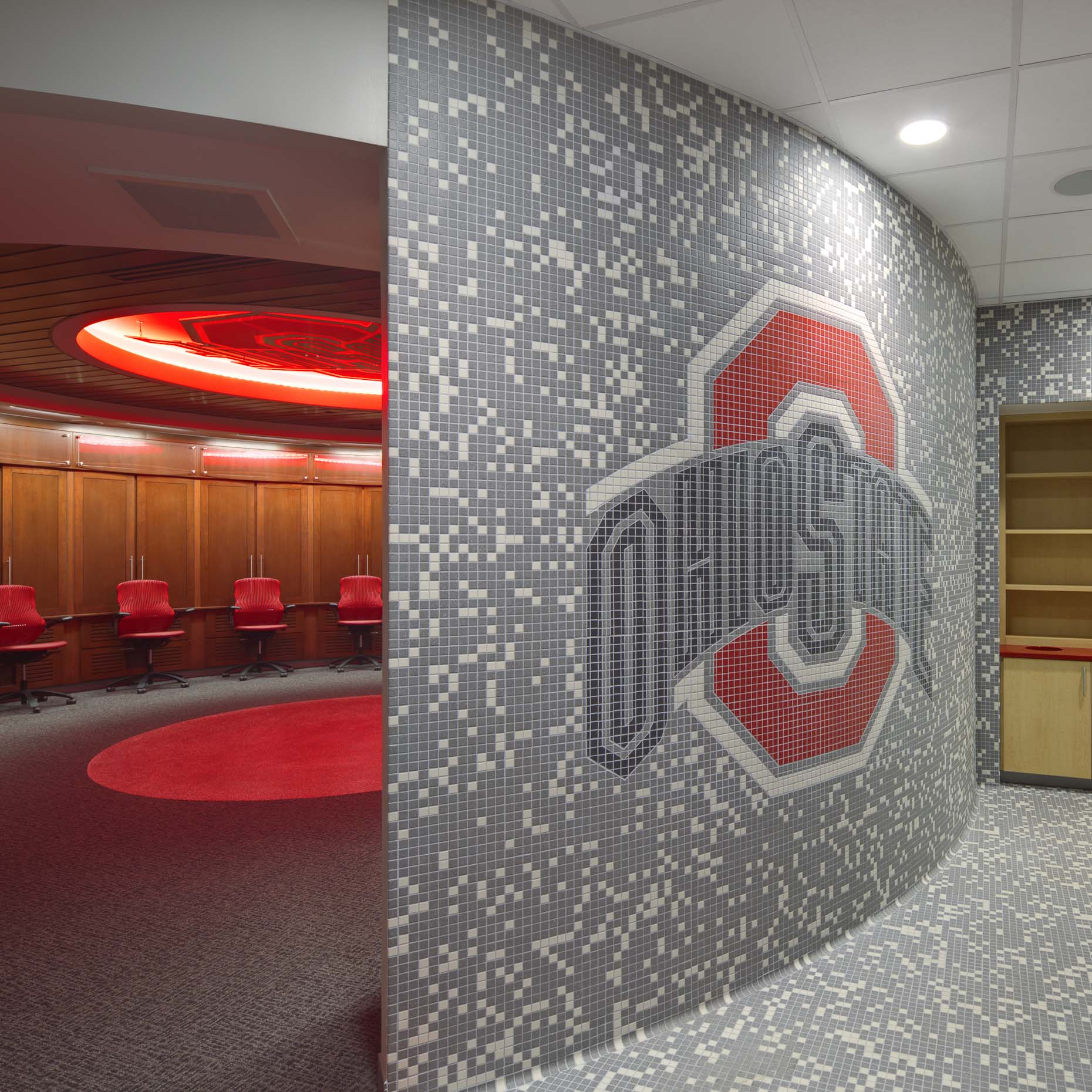 The Ohio State University Basketball Locker Rooms at the Schottenstein Center | Moody Nolan