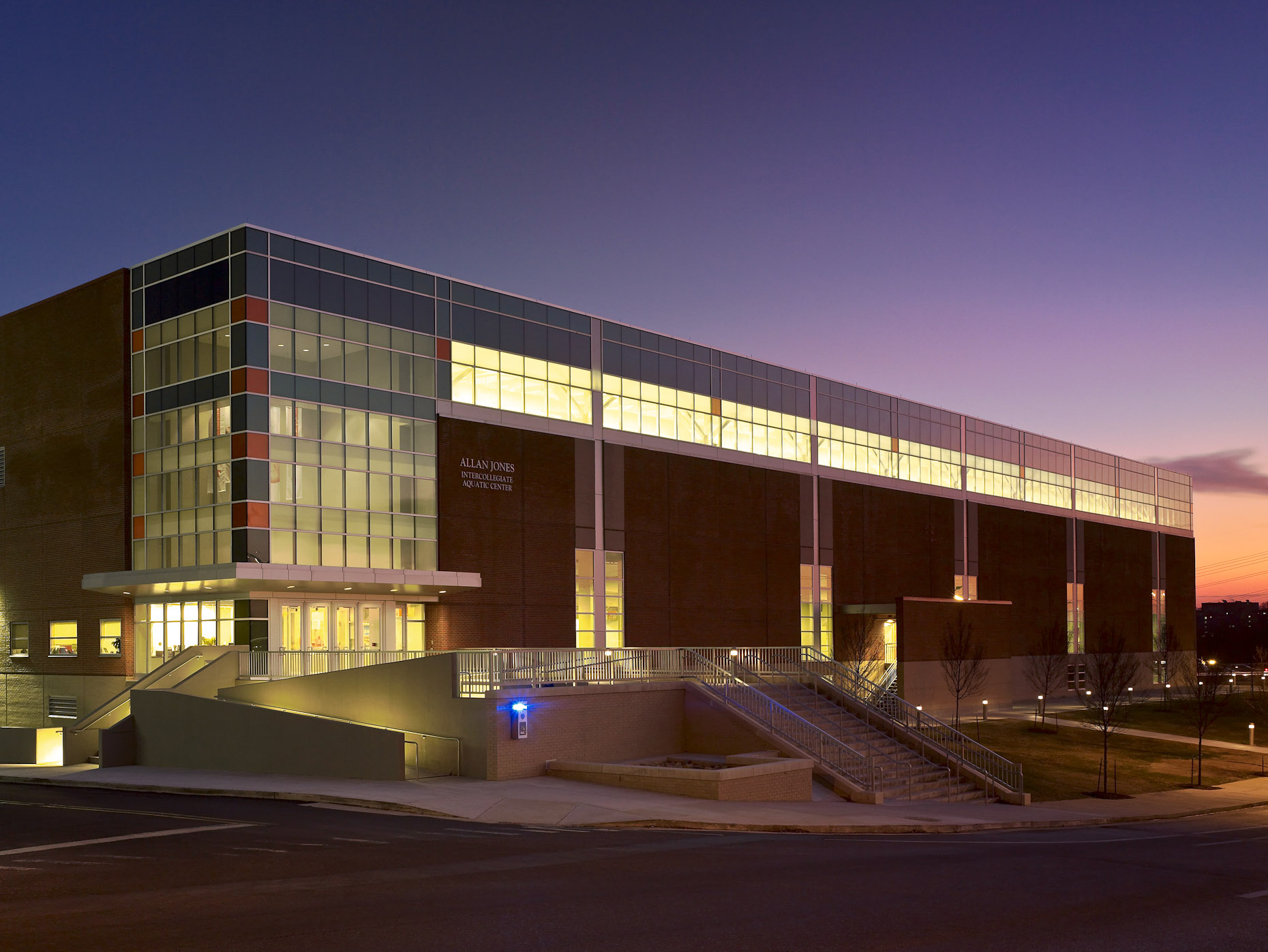 Allan Jones Intercollegiate Aquatics Center at the University of Tennessee | HNTB
