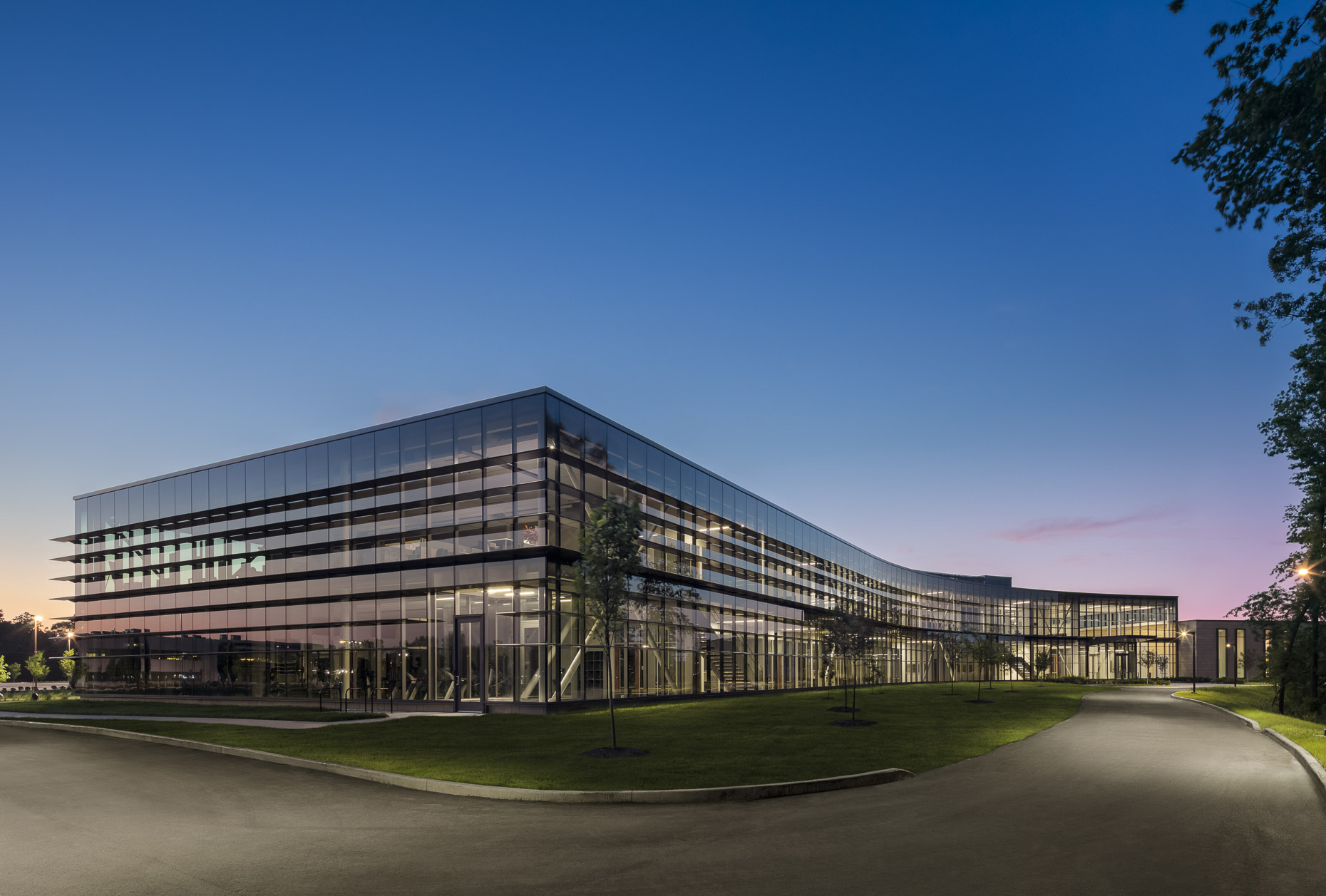 Wabash Valley Power Headquarters by Ratio Architects photographed by Brad Feinknopf based in Columbus, Ohio