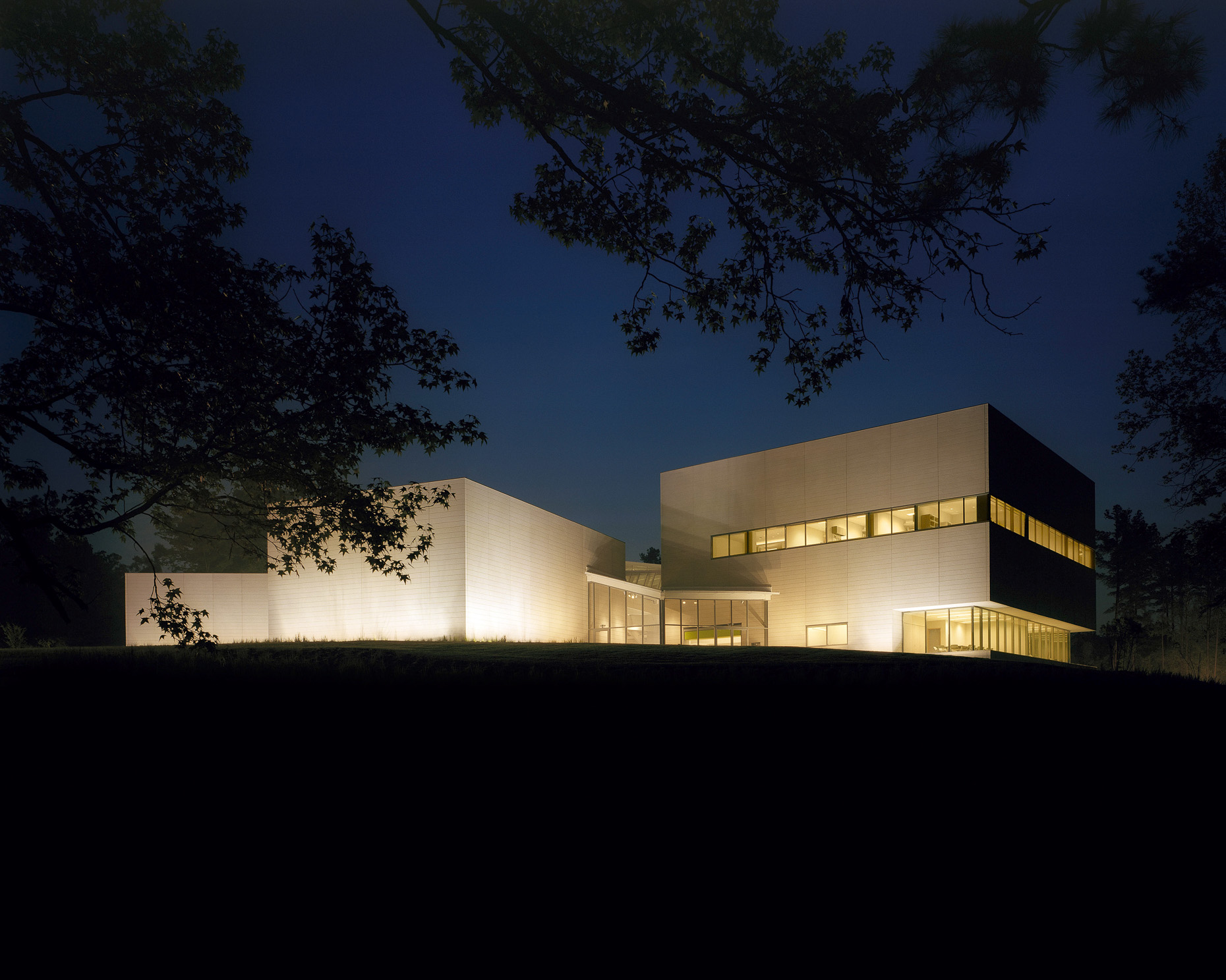 Duke University Nasher Museum of Art by Rafael Viñoly Architects photographed by Brad Feinknopf based in Columbus, Ohio