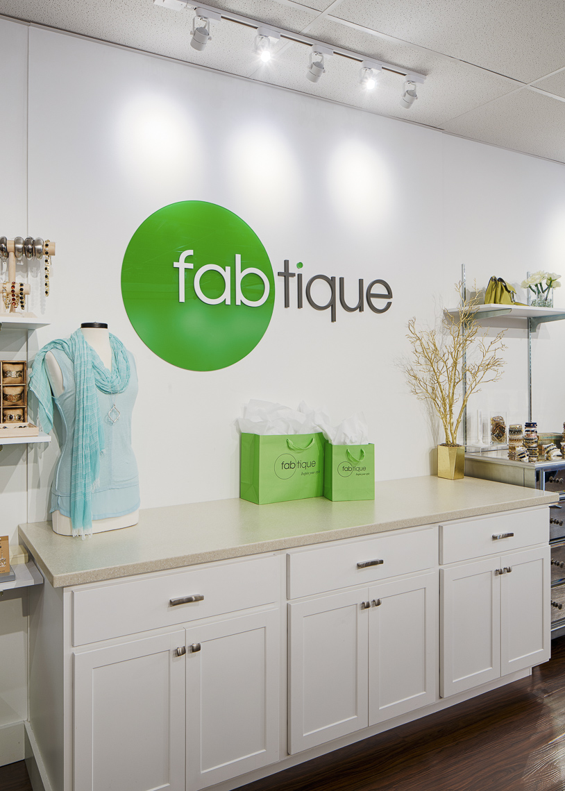 Fabtique Clothing Boutique at the Shops on Lane Avenue for Fabtique photographed by Lauren K Davis based in Columbus, Ohio